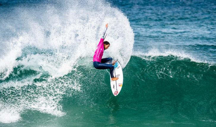 60432Teresa Bonvalot VS Mafalda Lopes na final do Estrella Galicia Caparica Surf Fest