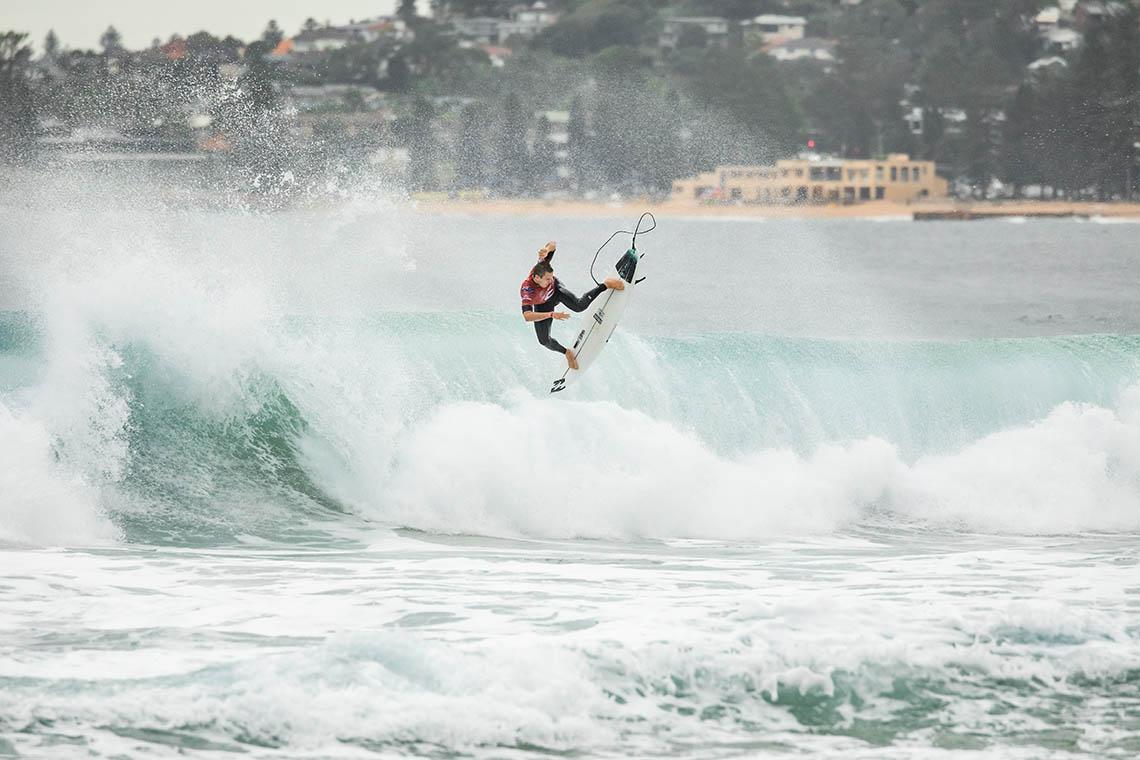 """60241Liga """"ONFIRE Surf Powered by Billabong""""   E o vencedor da quarta etapa é…"""