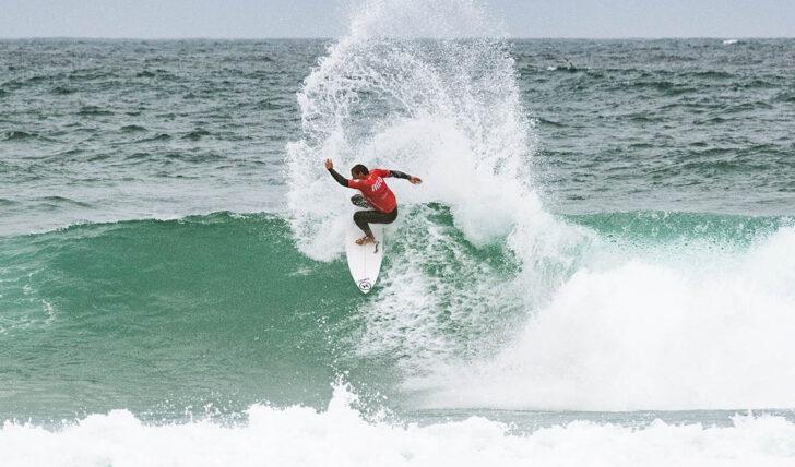 60368Vasco Ribeiro poderá garantir o título na próxima etapa da Liga MEO Surf