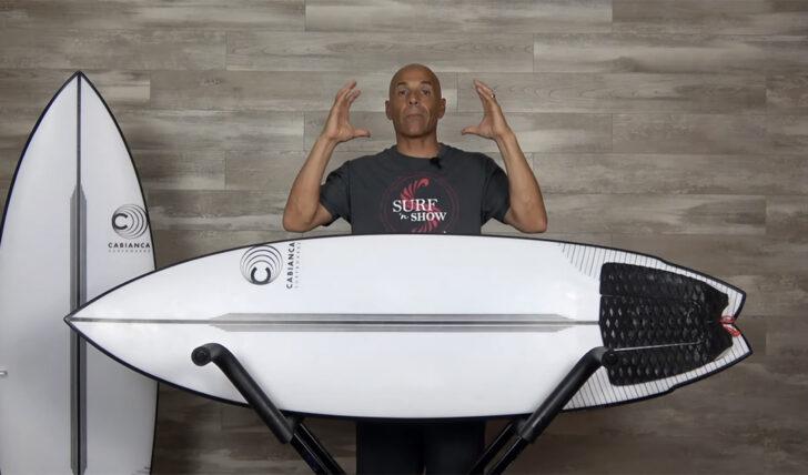 """61926Noel Salas testa o modelo """"Uber Twin"""" by Cabianca Surfboards"""