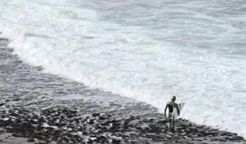 4686A procura por ondas perfeitas e geladas || 7:52