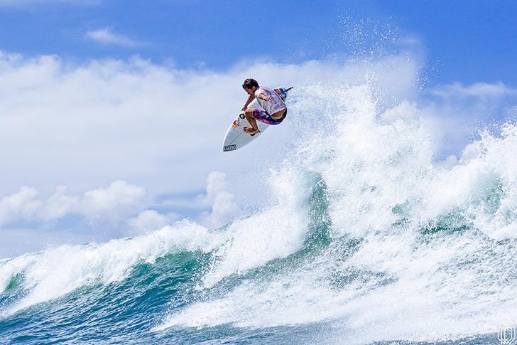 Este é o parte do surf que Vasco Ribeiro tem de mostrar para se qualificar para o CT em 2018. Photo by Carlos Pinto | DEEPLY