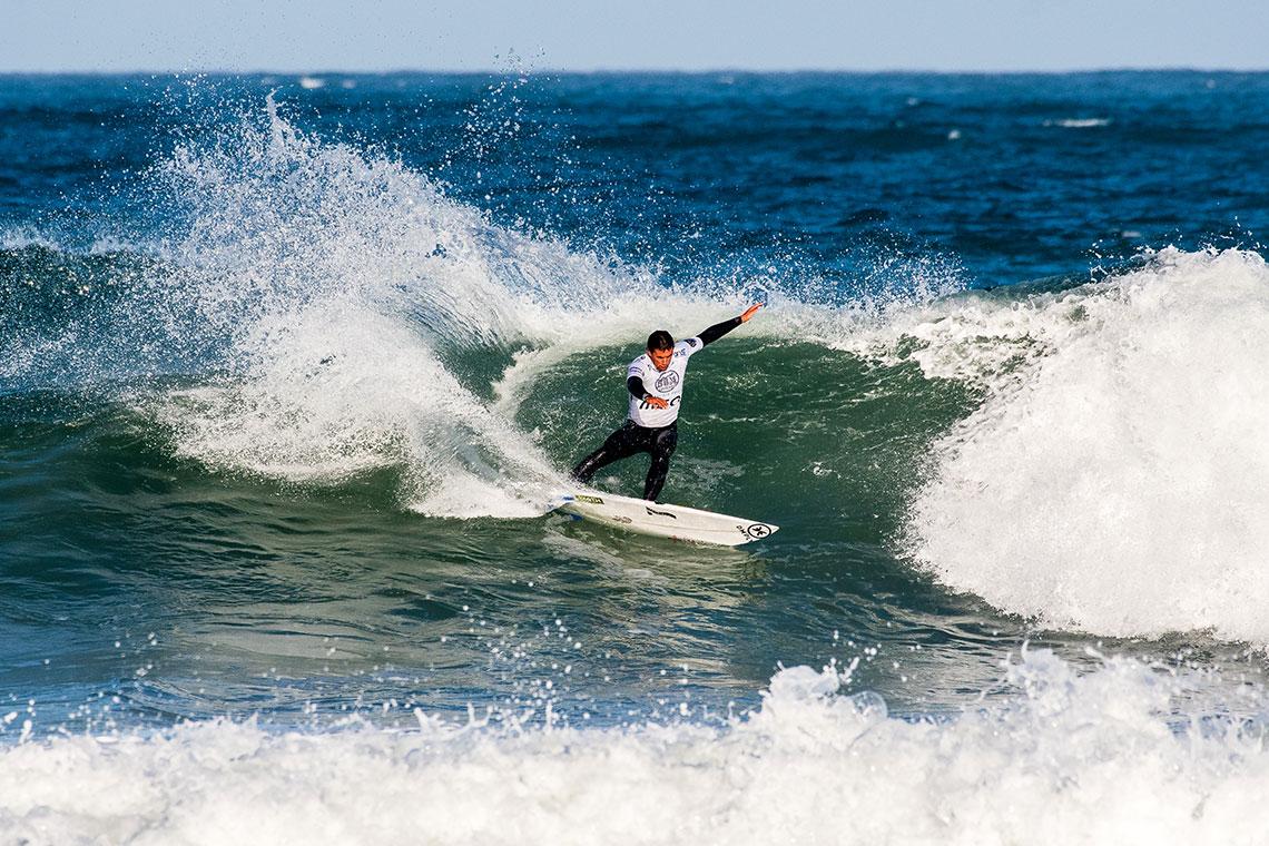 40076Vasco Ribeiro vence Liga MEO Surf 2017
