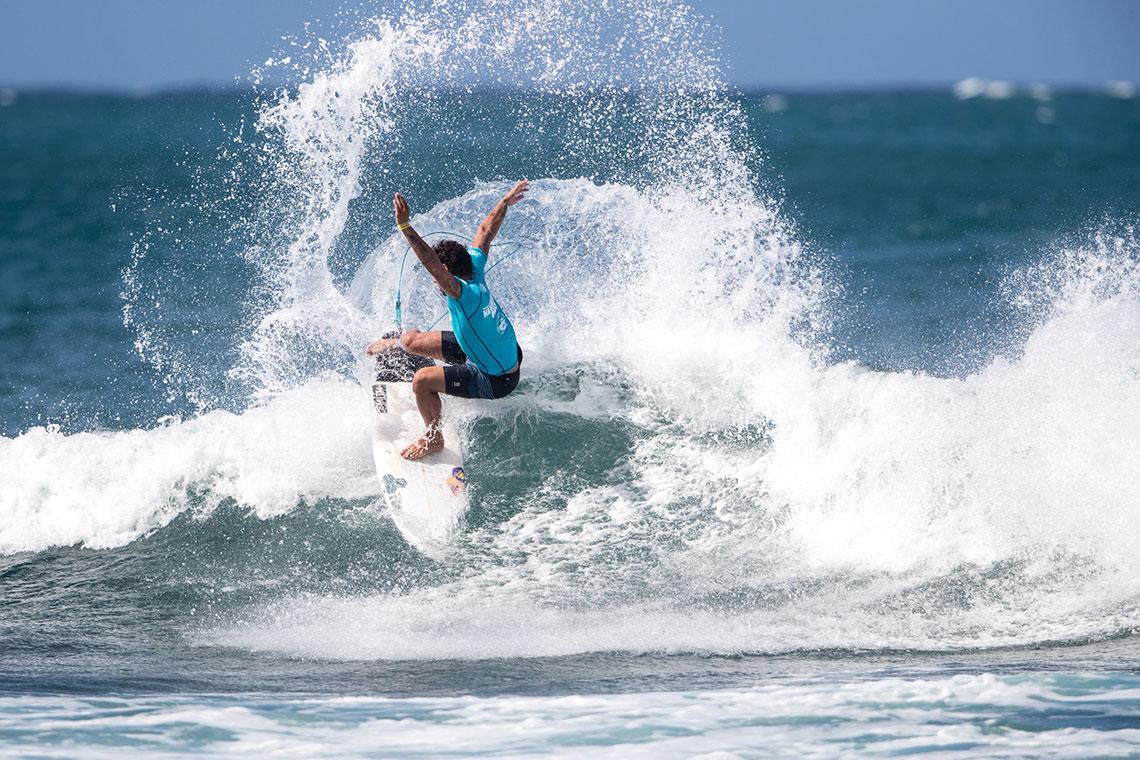 41414Vasco Ribeiro avança para o round 3 do Hawaiian Pro | Dia 4