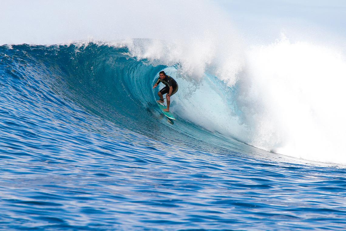 41719Visita e surfa na Ilha da Madeira com uma lenda local