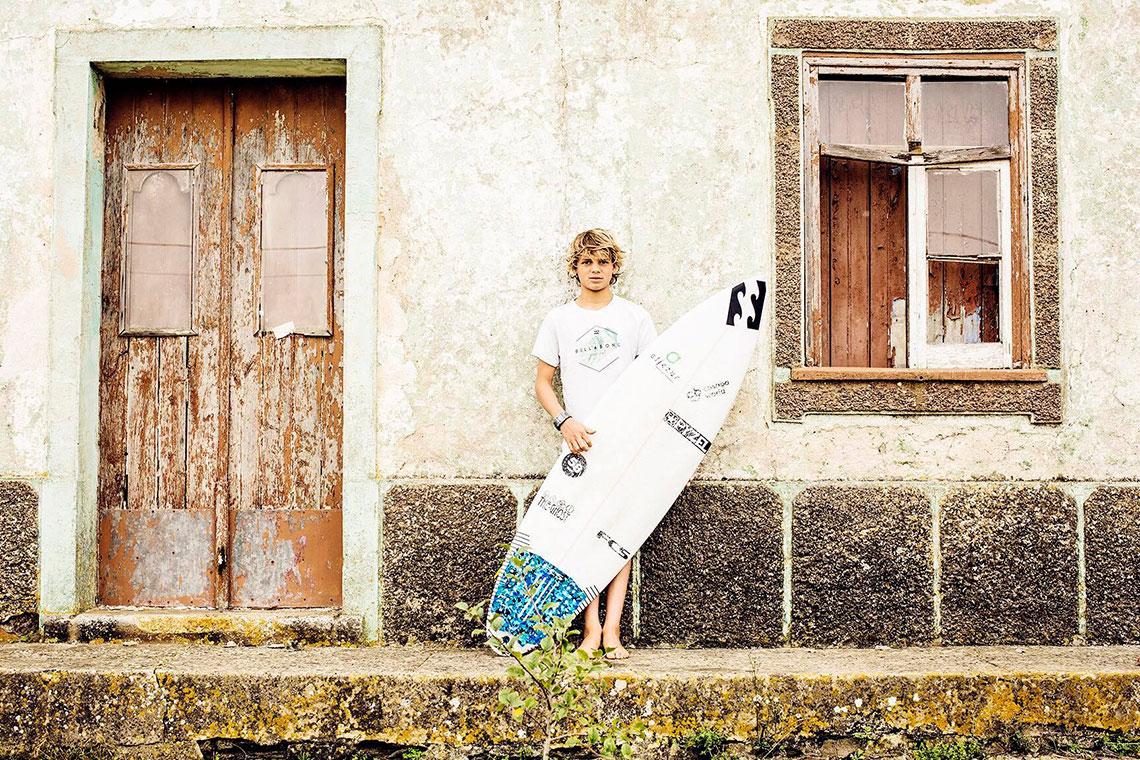 4239958 Surf apresenta João Mendonça