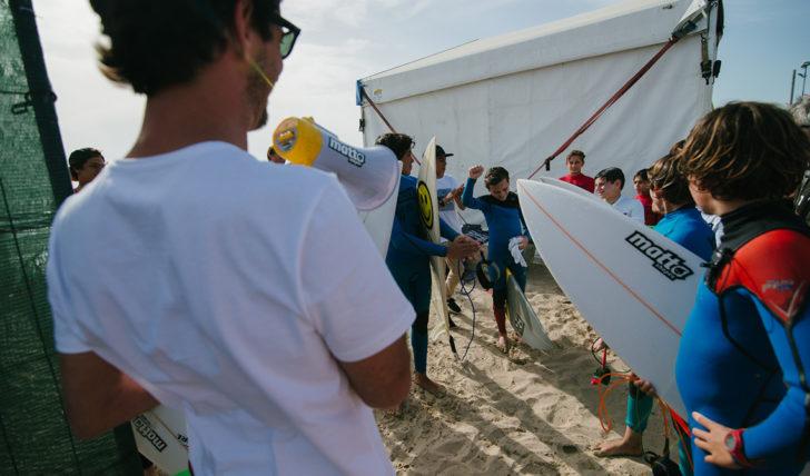 42991MATTAgameON – Os Surfistas