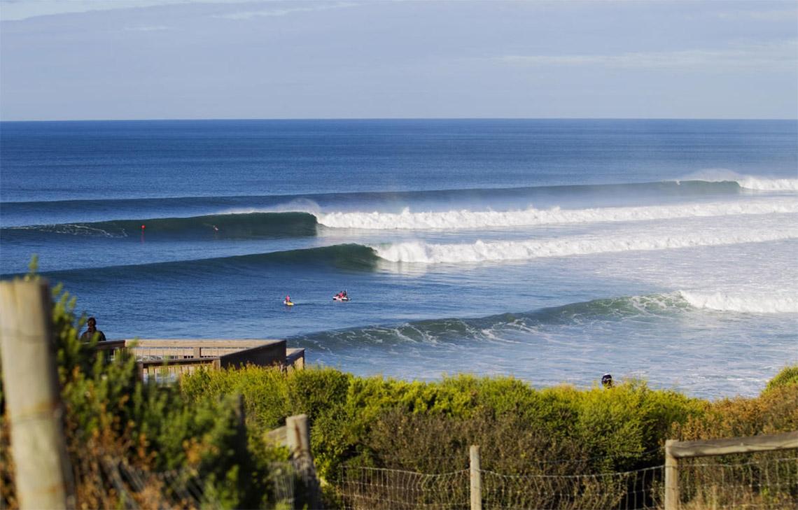 43526Frederico Morais cai para o round 2 no Rip Curl Pro Bells Beach