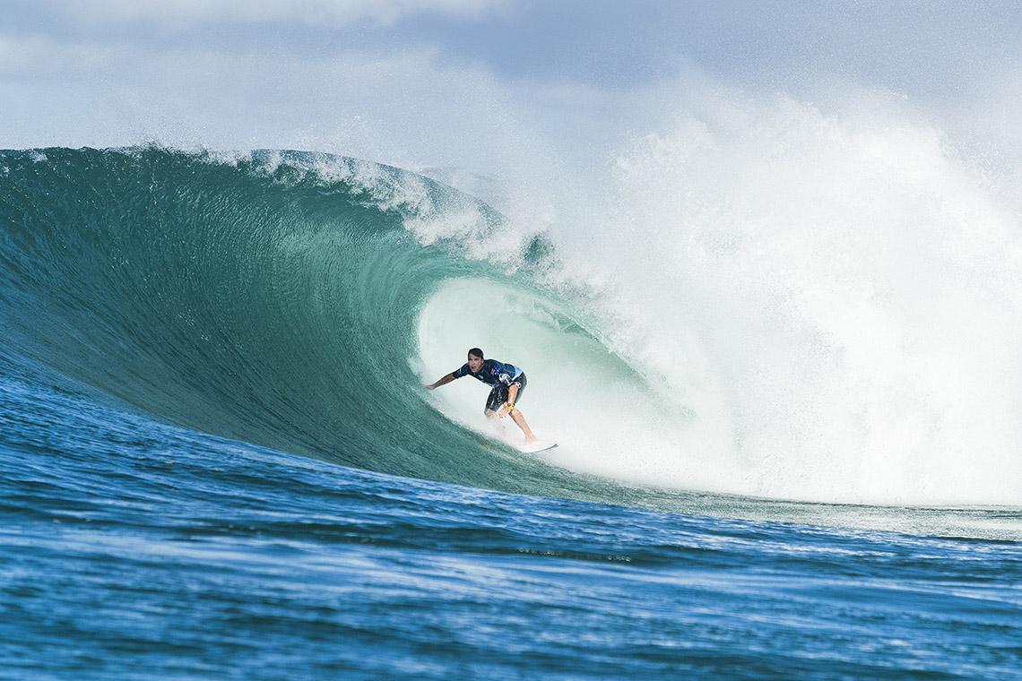 43294Julian Wilson e Lakey Peterson vencem na Gold Coast
