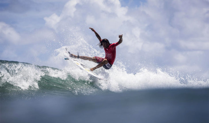 43423Miguel Blanco termina em 5º lugar no Martinique Surf Pro