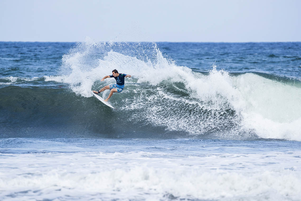 44997Frederico Morais cai para o round 2 no Corona Bali Protected