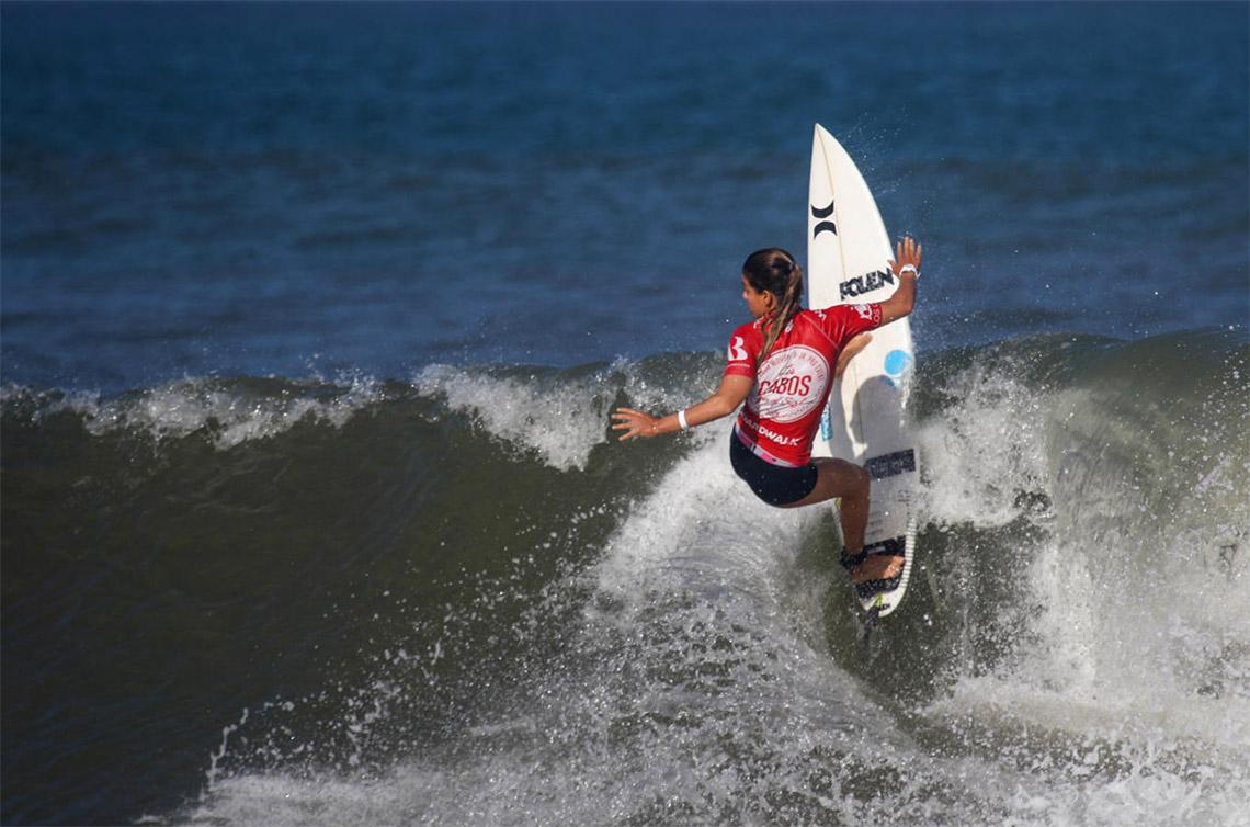 45431Portuguesas em destaque no round 3 do Los Cabos Open of Surf