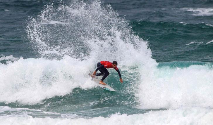 45547Vasco Ribeiro e Pedro Coelho no round de 16 do SA Open of Surfing