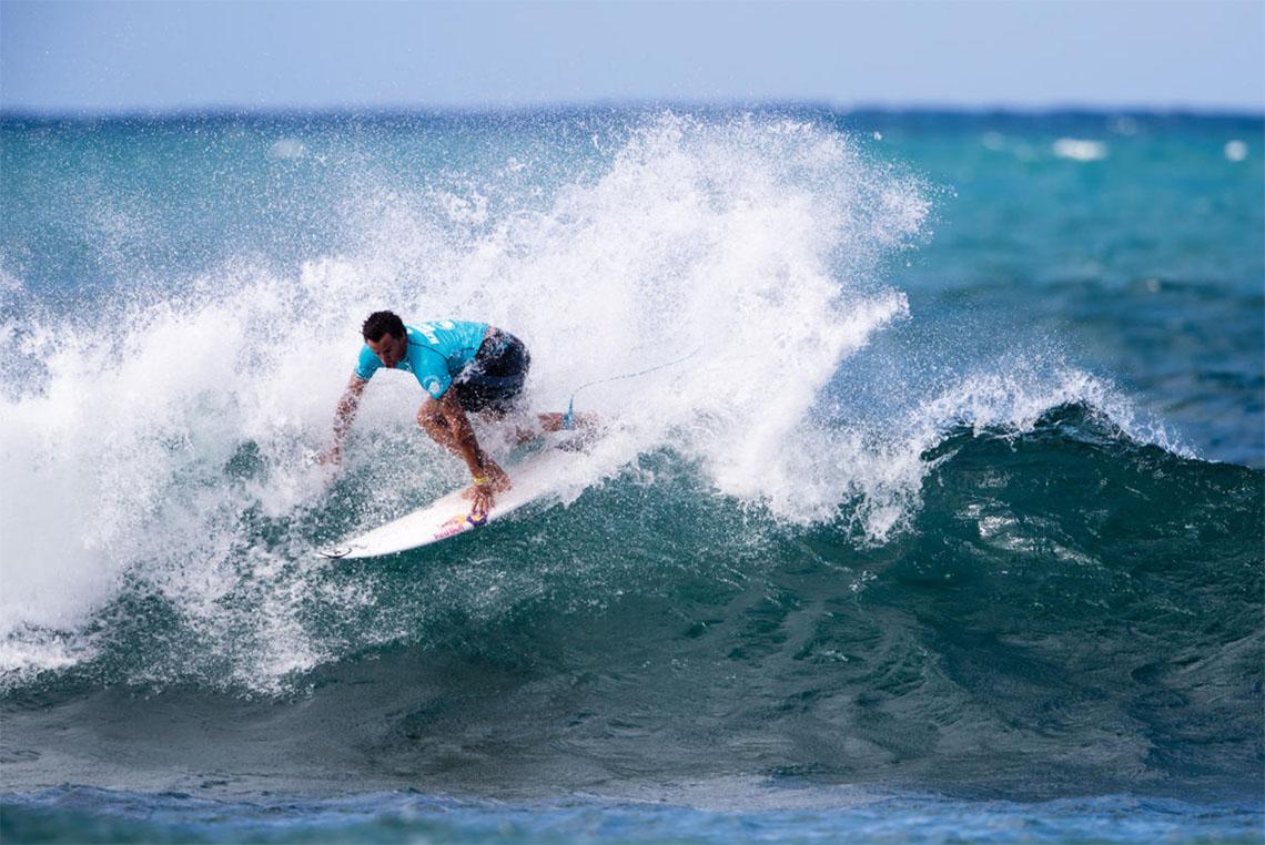 46234Vasco Ribeiro eliminado no round 2 do Vans US Open of Surfing