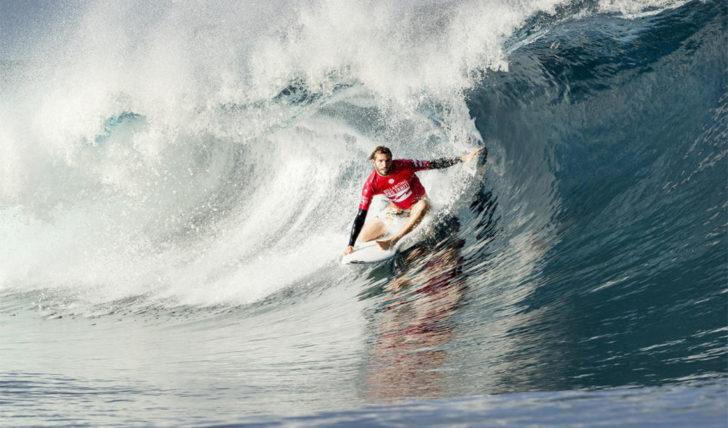 46429Frederico Morais vence no round 1 do Tahiti Pro Teahupoo