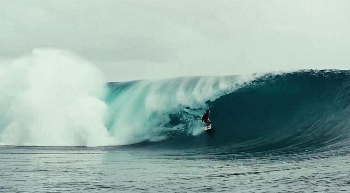 46388Mateia Hiquily vence trials do Tahiti Pro Teahupoo