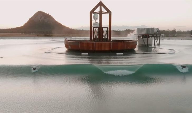 47815Occy, Parko e companhia testam a piscina Surf Lakes || 3:29