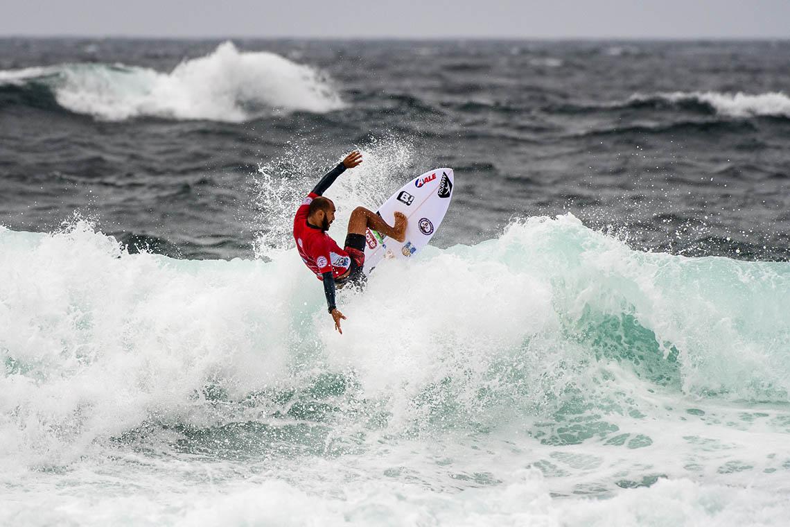 """49522""""Armada Lusa"""" reduzida a 2 surfistas em Newcastle   Dia 4"""