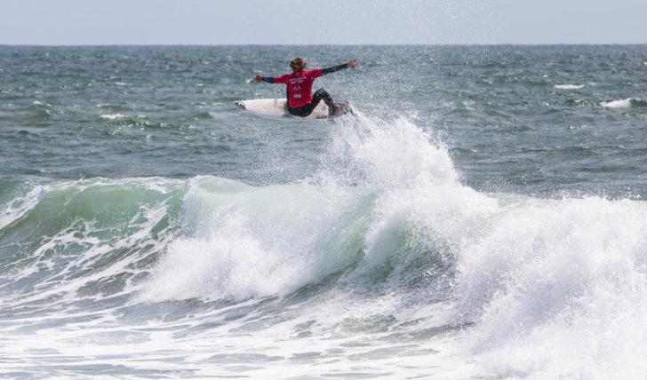 50234Os melhores momentos dos surfistas portugueses no Caparica Surf Fest Pro powered by Oakley