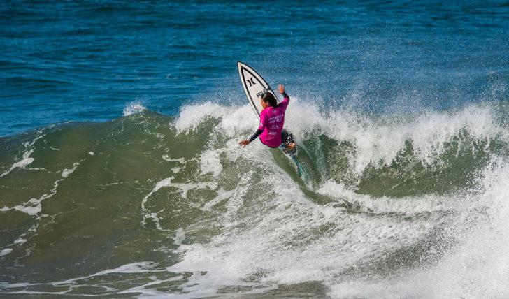 50151Surfistas portuguesas são o destaque do Caparica Surf Fest Pro presented by Oakley | Dia 2