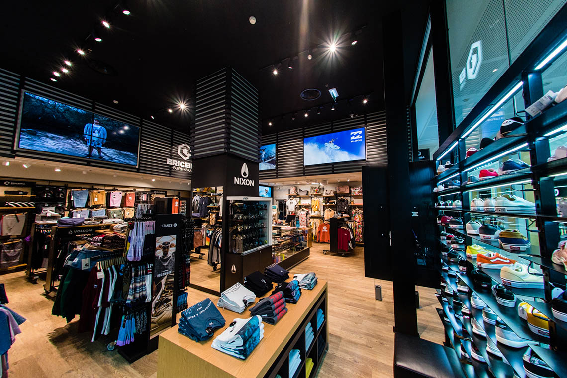 49858Ericeira Surf & Skate reabre no Colombo