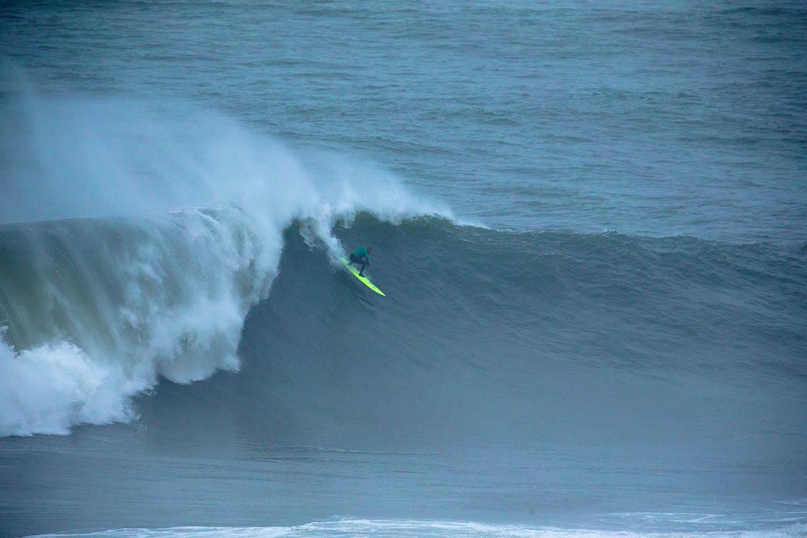 50423Nicolau Von Rupp junta-se a Alex Botelho no Big Wave Tour