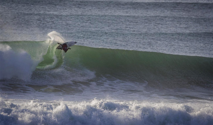 51094Frederico Morais elimina o número 3 do ranking no Oi Rio Pro