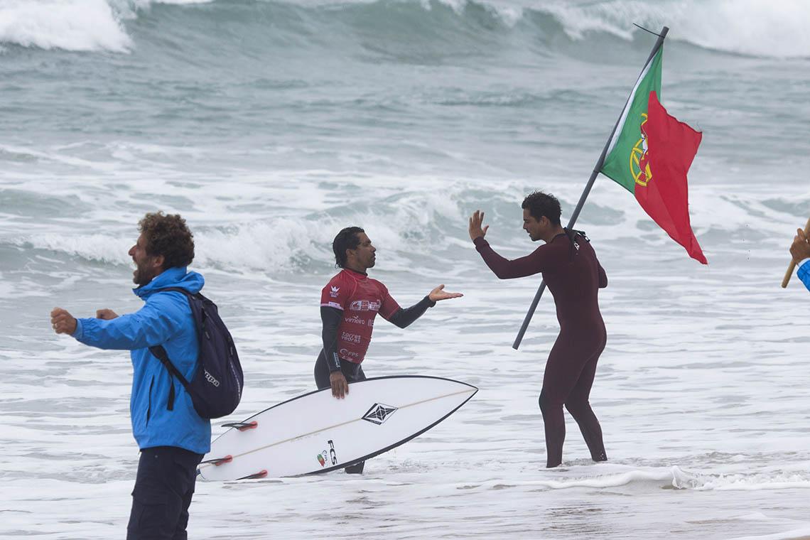 51597Selecção portuguesa brilha no penúltimo dia do Eurosurf 2019