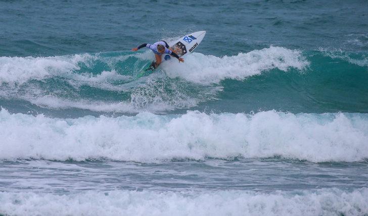 51771Portugueses continuam em destaque no no Quiksilver & Roxy Open