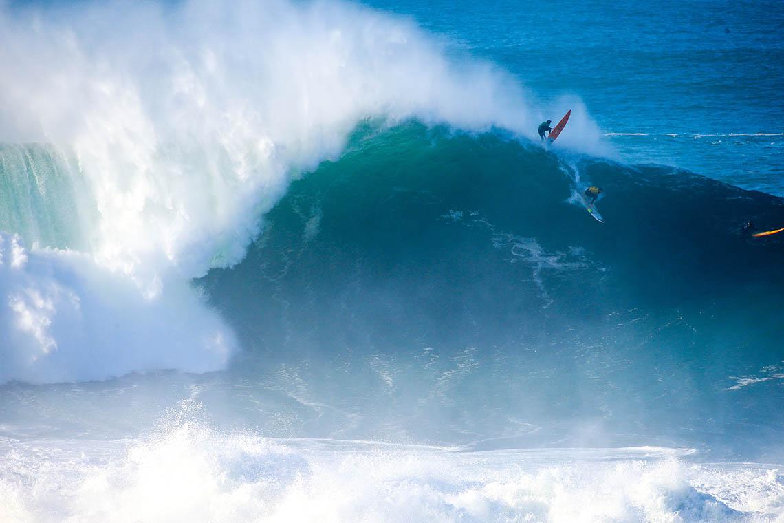 53258Nazaré Tow Surfing Challenge – Team Portugal