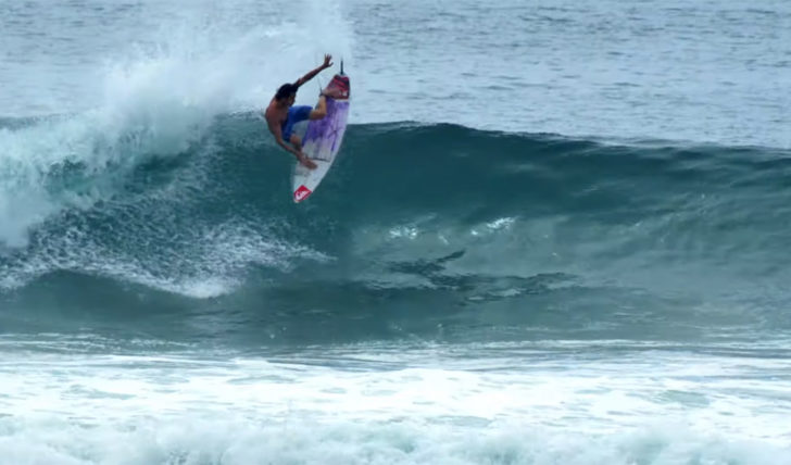 53443Jordy Smith & Craig Anderson em Castles in the sky || 6:28