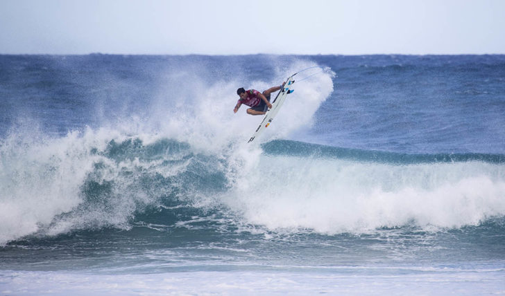 "53708Liga ""ONFIRE Surf Powered by Billabong""   Escolhe a tua equipa para o Billabong Pipe Masters"