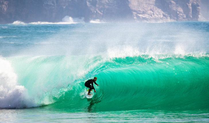 5466858 Surf junta Marlon Lipke à sua equipa