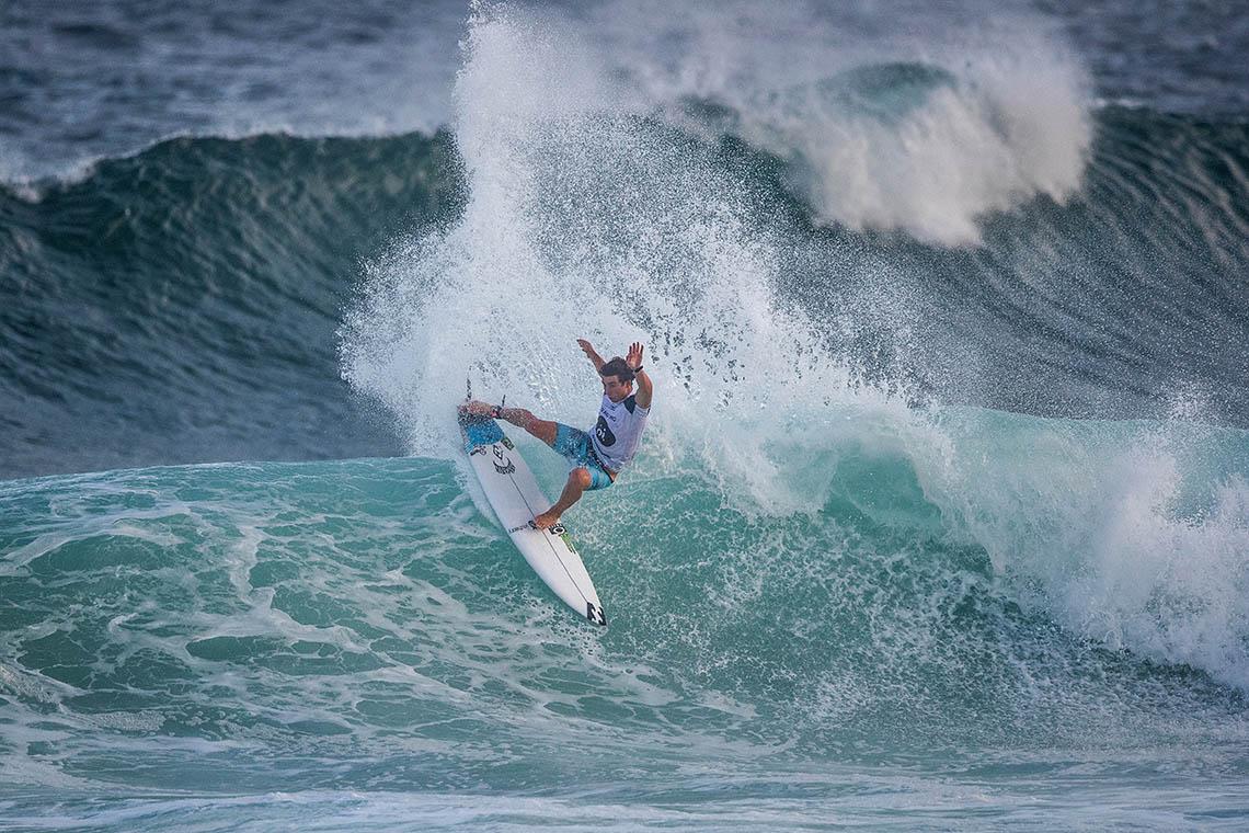 54676Descobre qual é a melhor equipa de surf da actualidade…