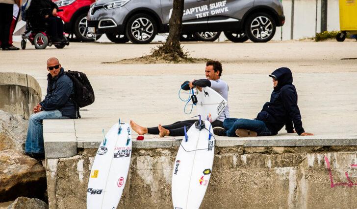56154Vasco Ribeiro vai continuar o seu percurso como surfista profissional