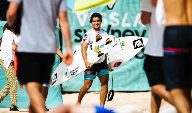 58614Ian Gouveia sagra-se campeão brasileiro profissional de surf
