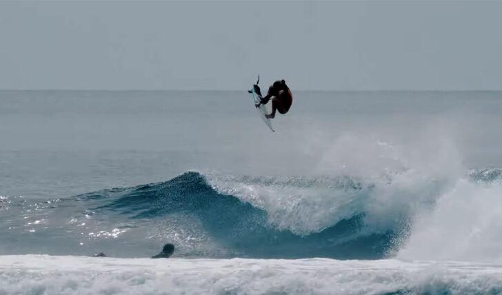 59145Sierra Kerr | Uma surfista de 13 anos nas Mentawai || 3:46