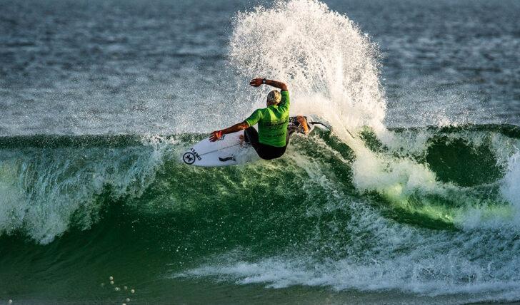 60421Domínio francês no Estrella Galicia Caparica Surf Fest