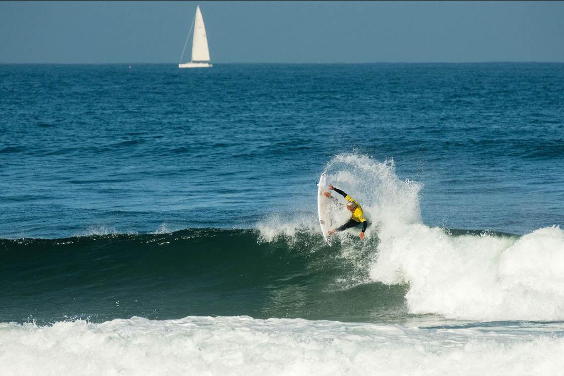 60802Melhores surfistas nacionais regressam à ação em Sintra com título nacional em jogo